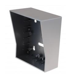 Zusätzliches Außengehäuse für die Türstation der UltraCom Funk-Gegensprechanlage in Silber